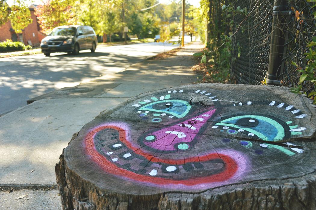 grant-park-stumpmen-streetfolk art blackcattips painted tree stumps
