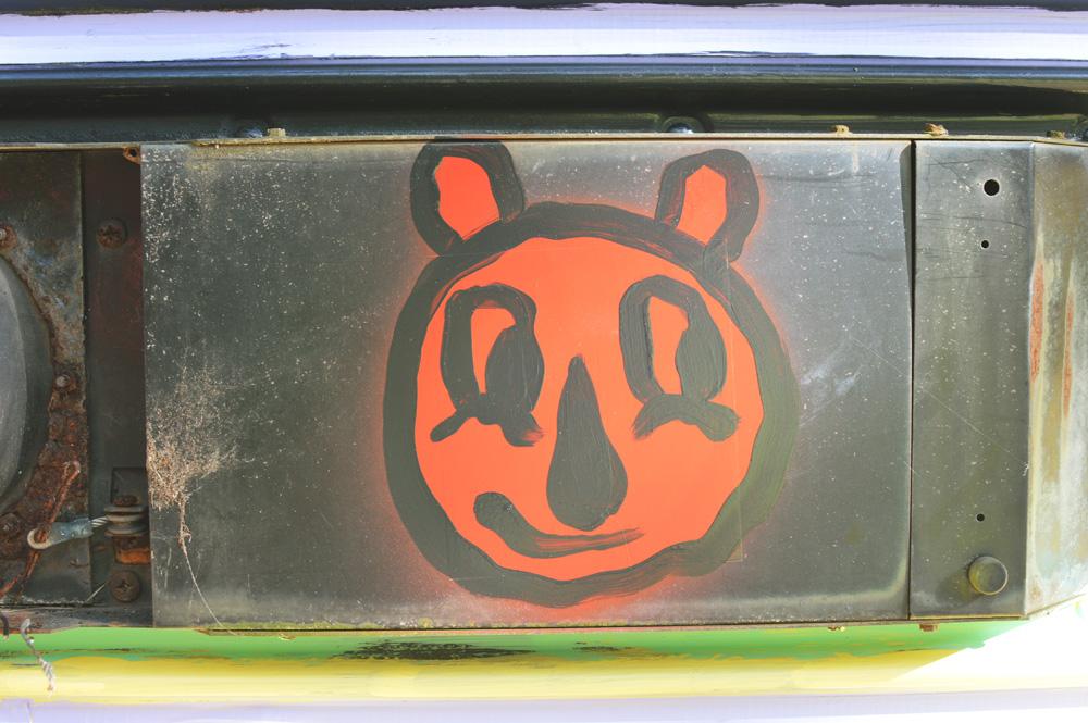 sapelo island painted bus - blackcattips - 40
