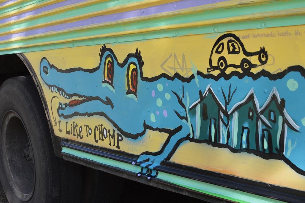 sapelo painted bus - blackcattips - 50