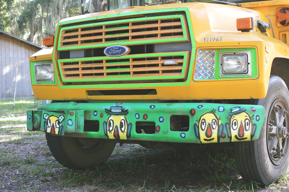 bumper boys - sapelo painted bus - blackcattips - 85
