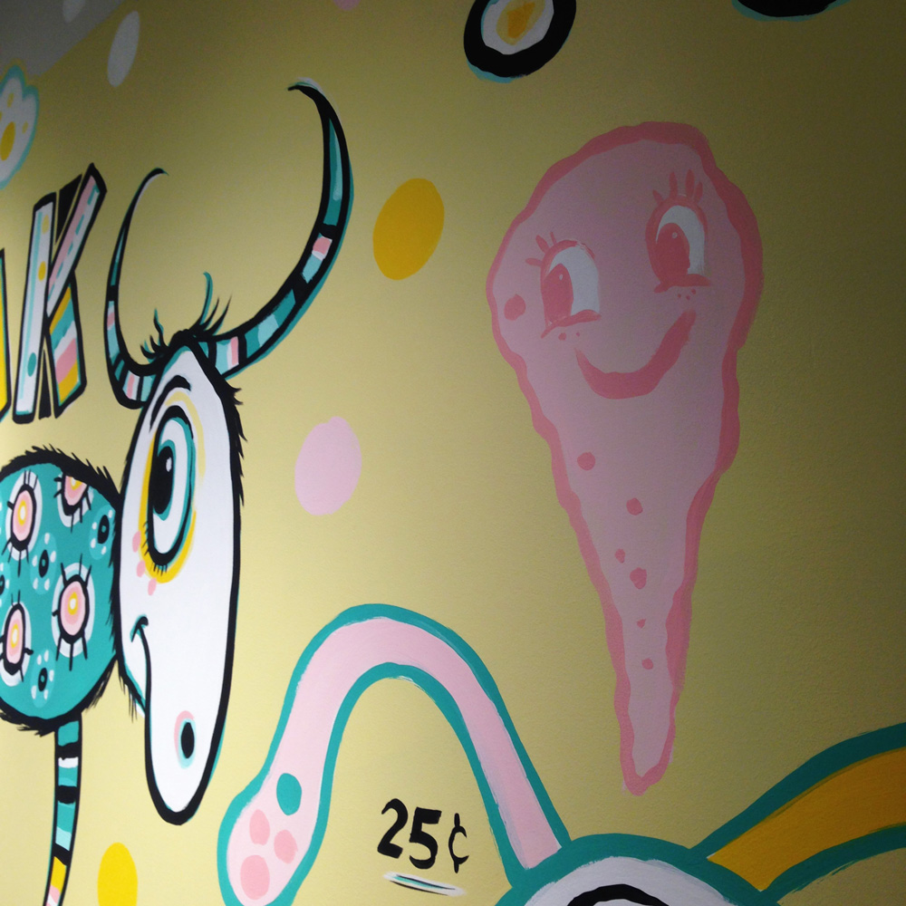 yik-yak-mural-blackcattips-bubble-gum-boy-art