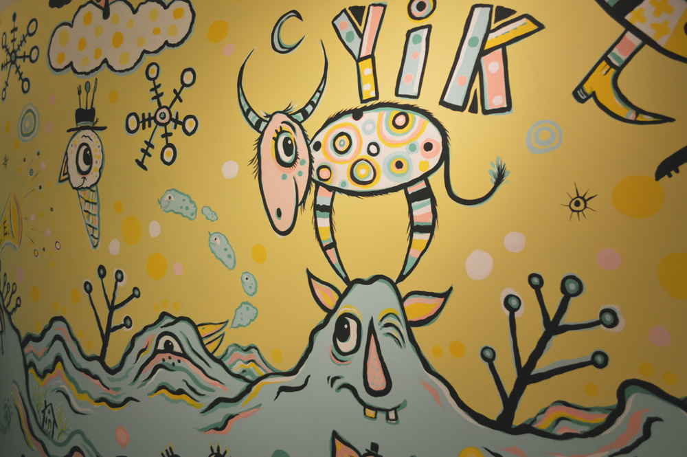 yik-yak-mural-blackcattips-yak-mountain-10