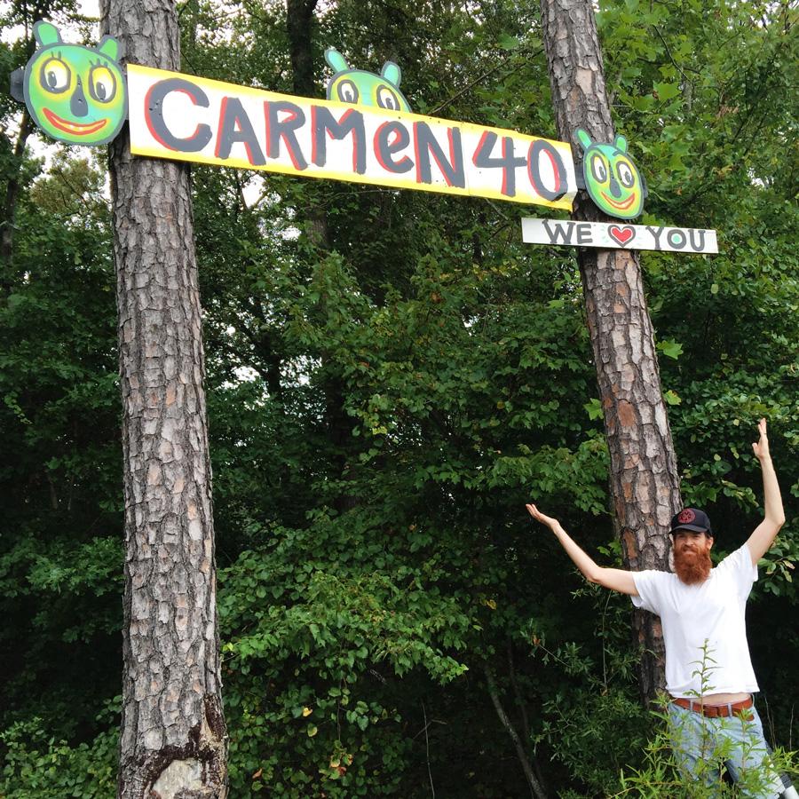 repairing-carmen40-sign