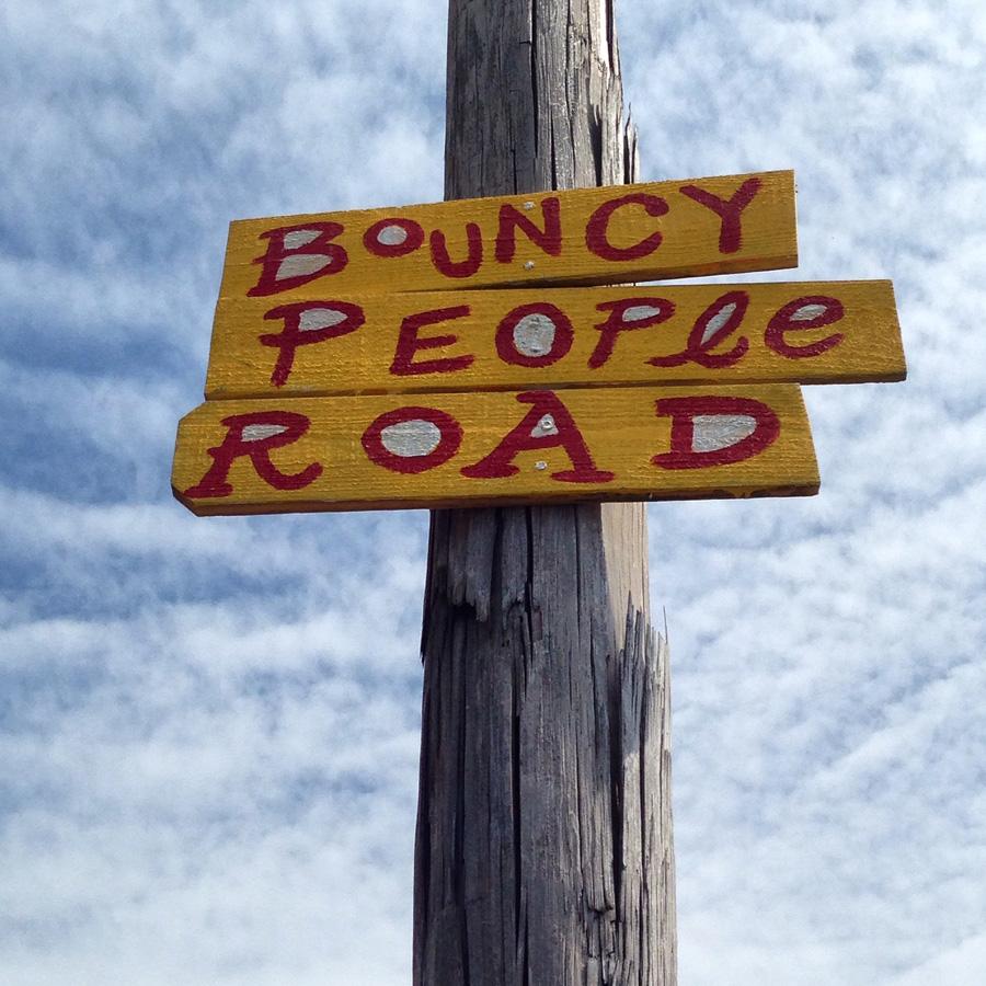 bouncy-people-road-street-poem