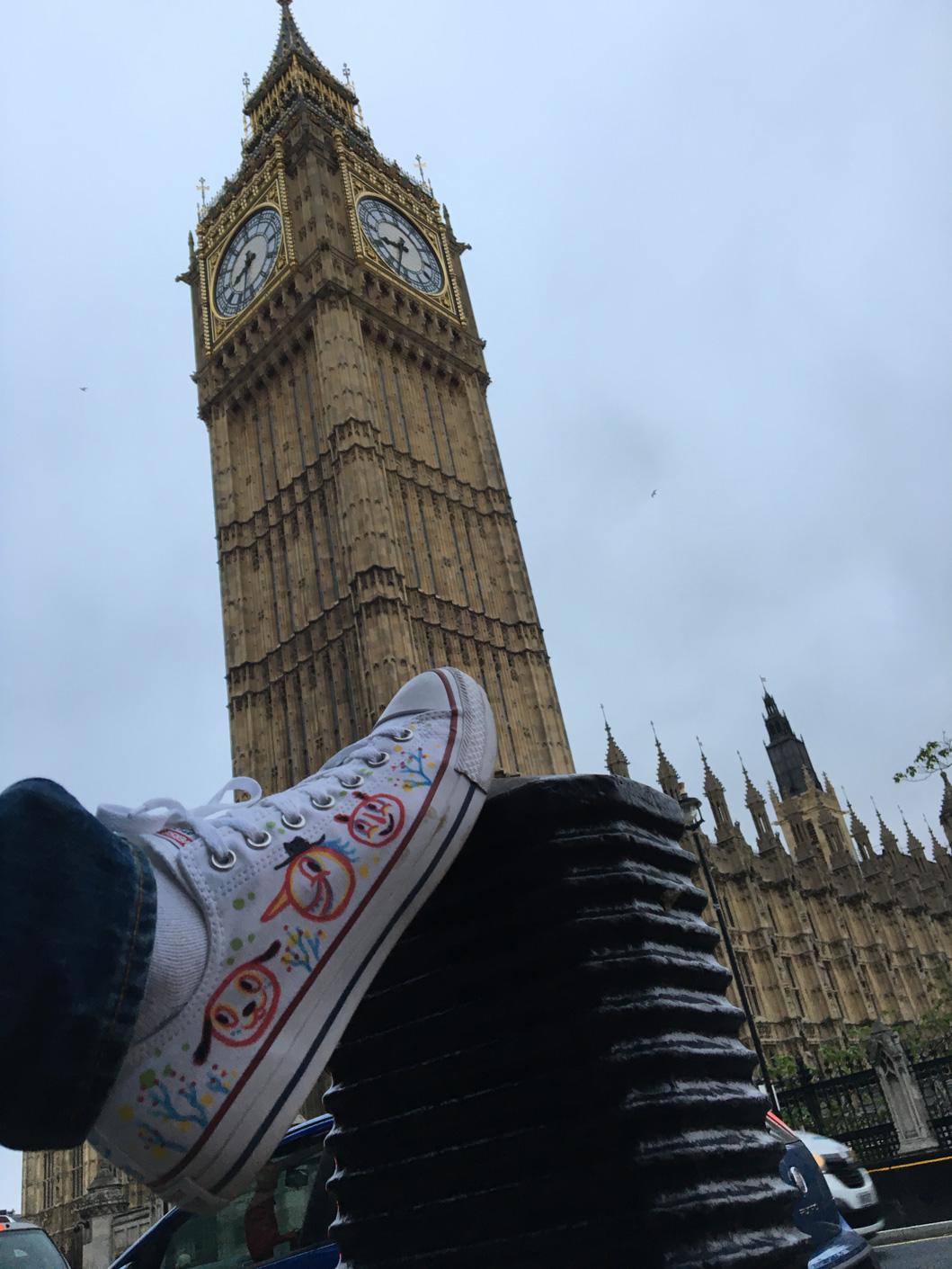 blackcattips-converse-big-ben-london-chucks