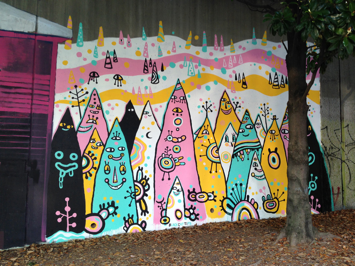 pointy people mural - blackcattips - 26