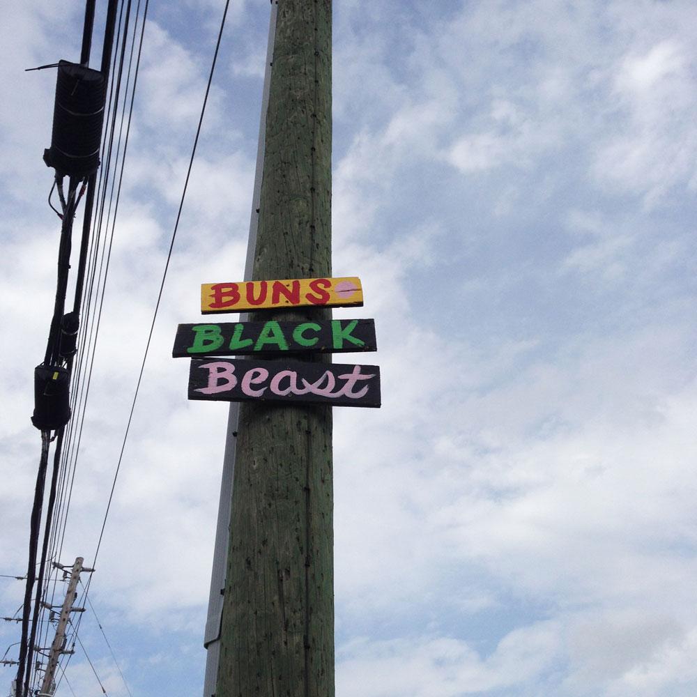 buns-black-beast-streetpoem-blackcattips-1000